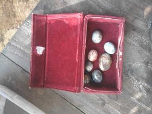 batu bahan akik sudah dirapikan